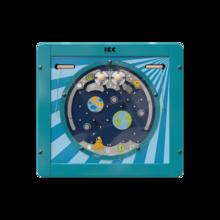 Gebruik de magneten en de draaischijven om de ballen te verplaatsen   IKC wandspellen